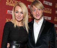 Рудковская и Плющенко тайно крестили сына