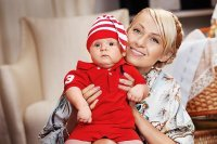 Плющенко и Рудковская устроили сыну гламурную фотосессию
