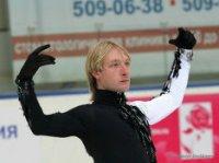 Плющенко будет готовиться к Олимпиаде в Петербурге