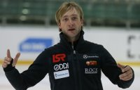 Евгений Плющенко получил травму на тренировке в Швейцарии