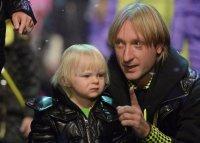 Новый номер Евгения Плющенко с сыном Александром произвел фурор