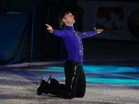 Плющенко раскритиковали за «сексуальный» танец с четырехлетним сыном