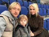 Евгений Плющенко показал новое фото с младшим сыном